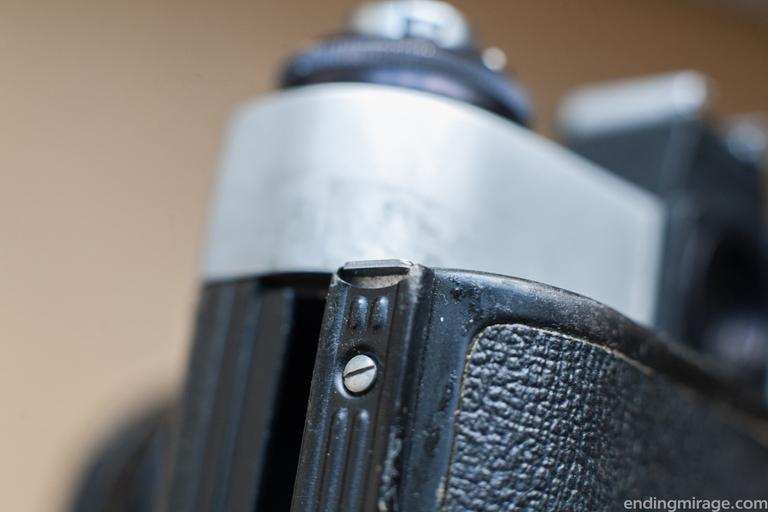 Задняя крышка фотокамеры «Зенит»